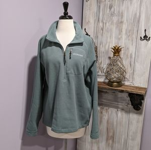 Like new! Columbia sage green fleece pullover